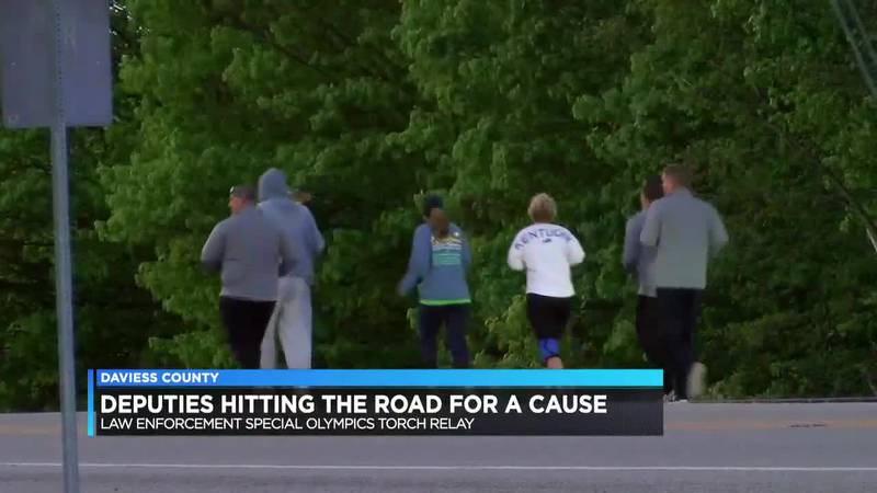 Daviess Co. deputies participate in torch run for Special Olympics
