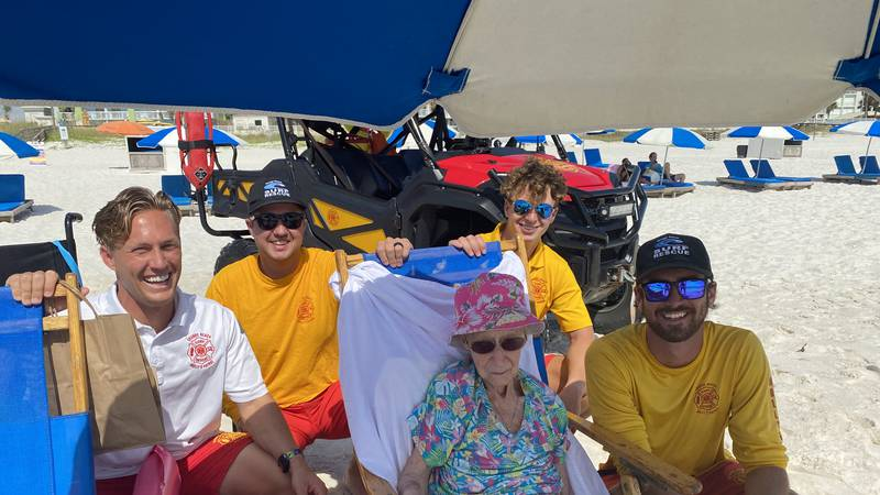 """Dorothy """"Donnie"""" Schneider visits Orange Beach, Alabama."""