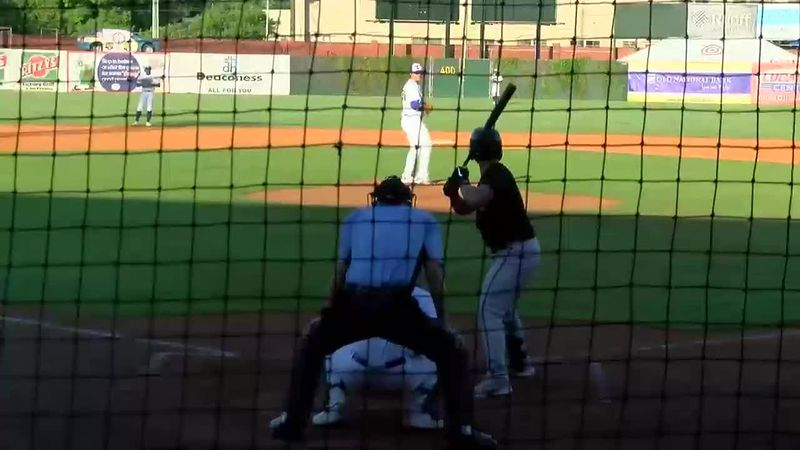 Evansville Otters emerge victorious in comeback win over Schaumburg
