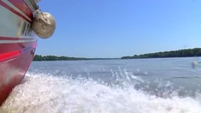 First responder agencies participate in rescue drills on Ohio River.