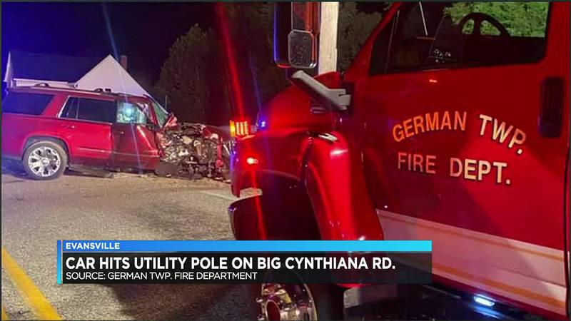 Car hits utility pole near Big Cynthiana Road