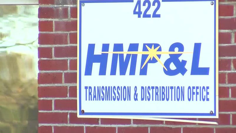 Henderson analyzes proposal to sell city's power and light utility to Big Rivers