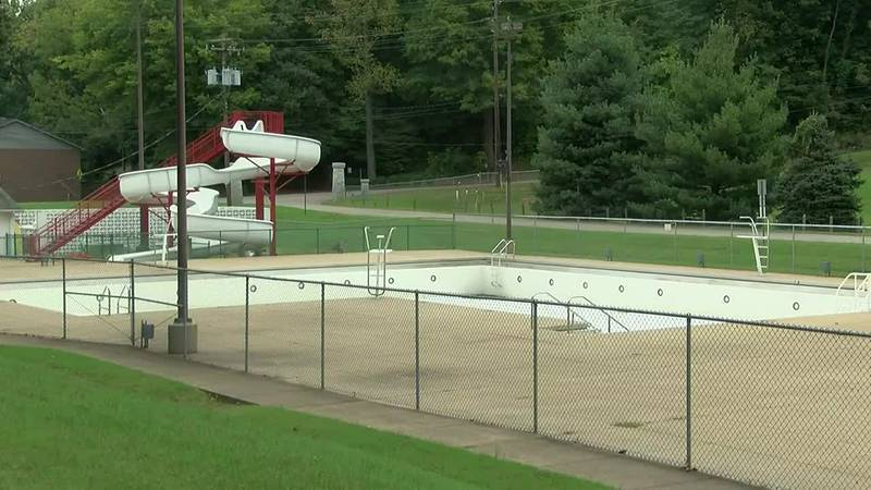 Henderson group pushes for aquatic center