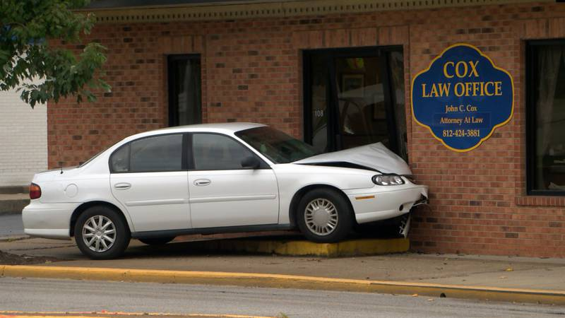 Car hits law office in Evansville
