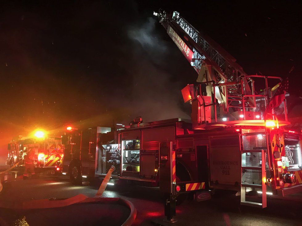 Dispatch: Crews respond to working structure fire on Glendale Avenue in Evansville.