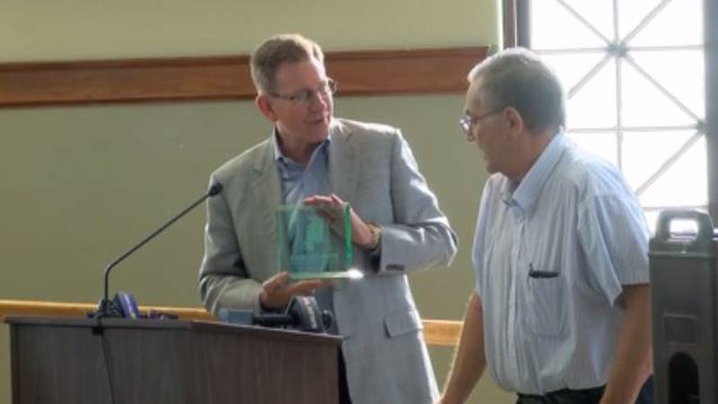 Posey Co. Commissioner honored for efforts in Western Bypass project