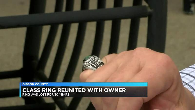Long-lost class ring reunited with owner after 30 years