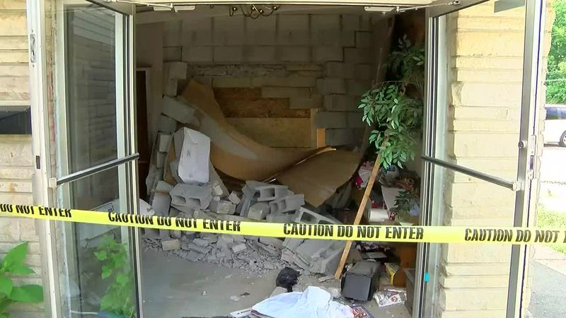 Police: 'Moderate' damage reported at Evansville church following hit and run