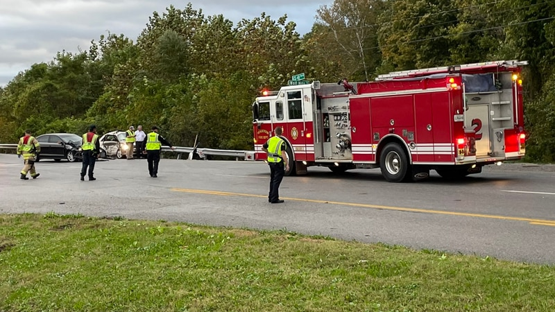 Crews respond to crash at Highway 41 and Wolf Hills Road in Henderson.