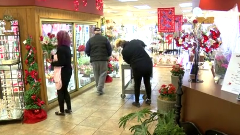 Evansville business sees boost in floral sales ahead of Valentine's Day