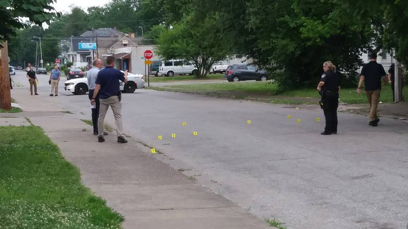 Dispatch confirms a report of a person getting shot on the 900 block of South Elliott Street in...