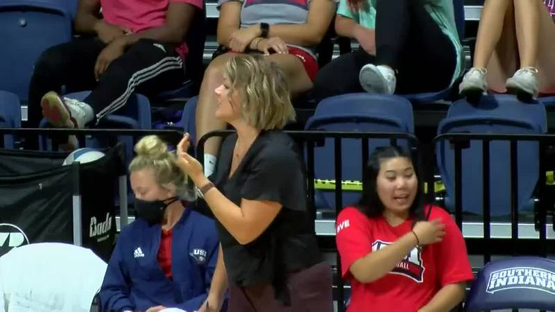 USI volleyball sweeps Maryville in GLVC opener
