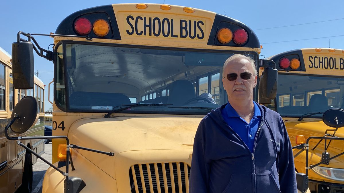 Bus driver buys books