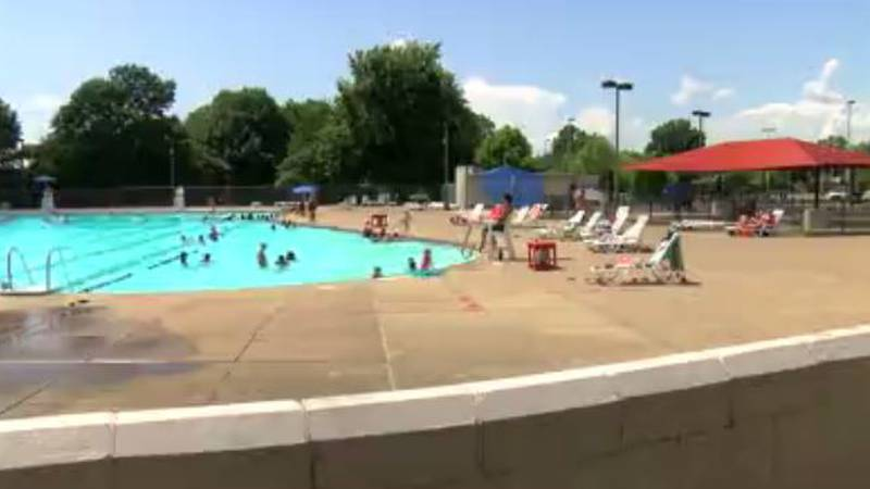 Hartke Pool sees rise in attendance as temperatures climb in Evansville